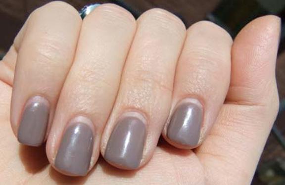 3 week old gel nails photo - 1