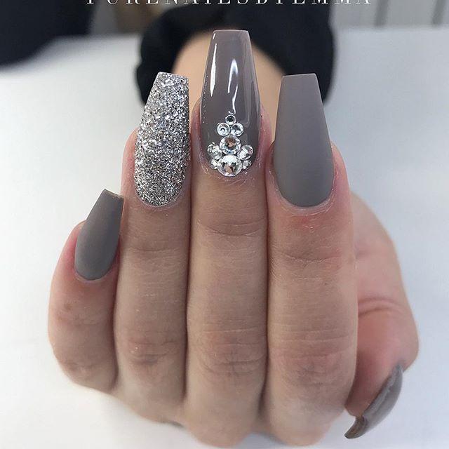 5 weeks acrylic nails photo - 2