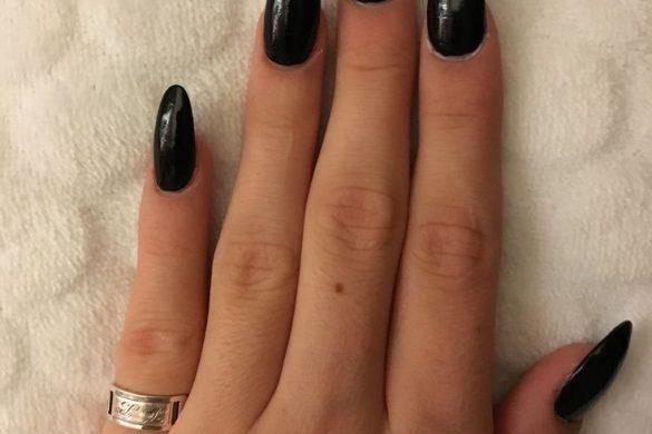 Acrylic fall nails - Expression Nails