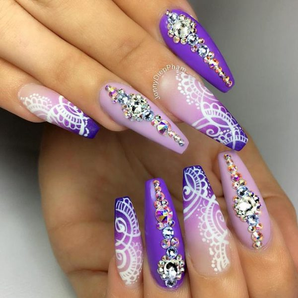 acrylic nails filing photo - 2