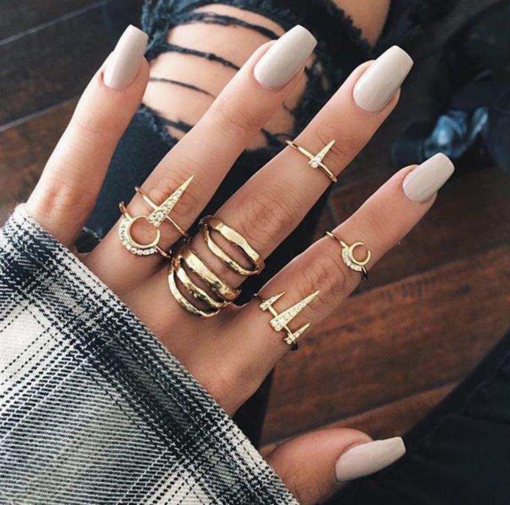 acrylic nails for tan skin photo - 1