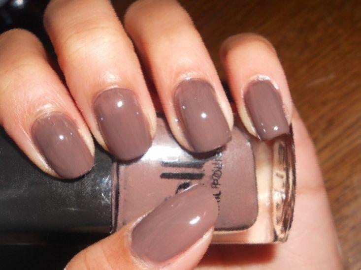 acrylic nails for tan skin photo - 2