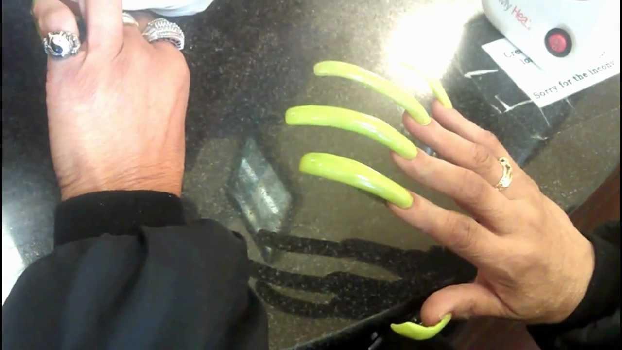 acrylic nails history photo - 1