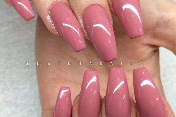 acrylic nails infection photo - 2