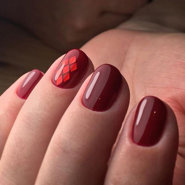Acrylic nails maroon - Expression Nails