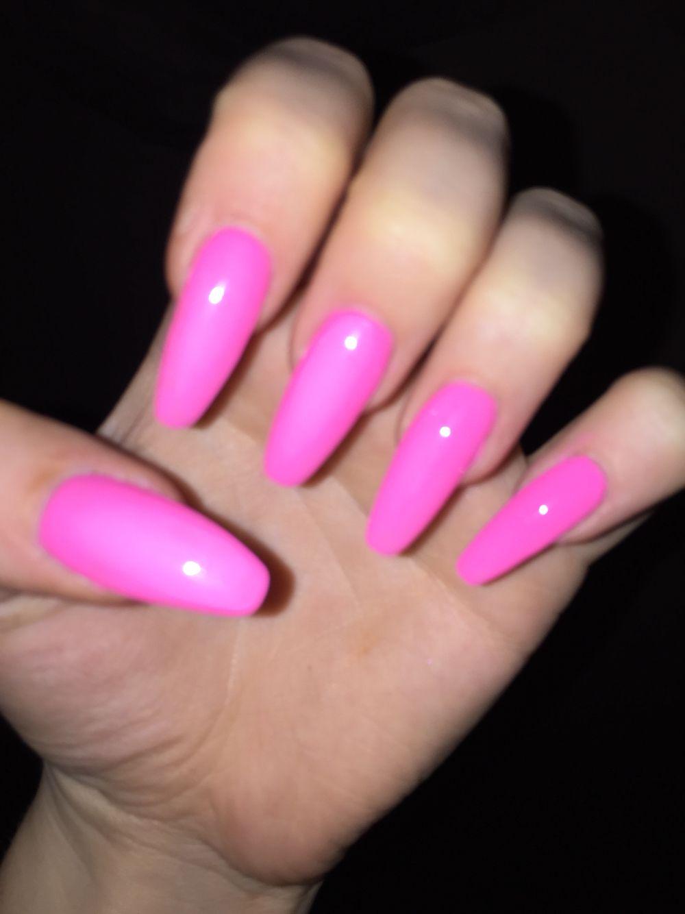 acrylic nails neon pink photo - 2