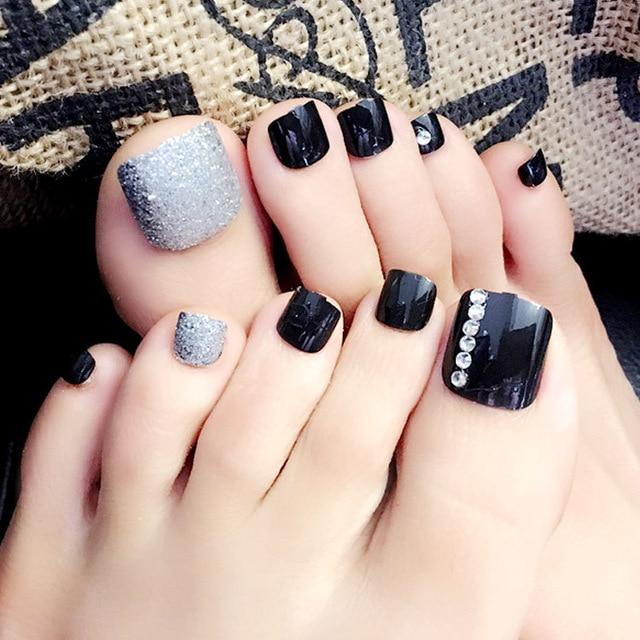acrylic nails on feet photo - 1