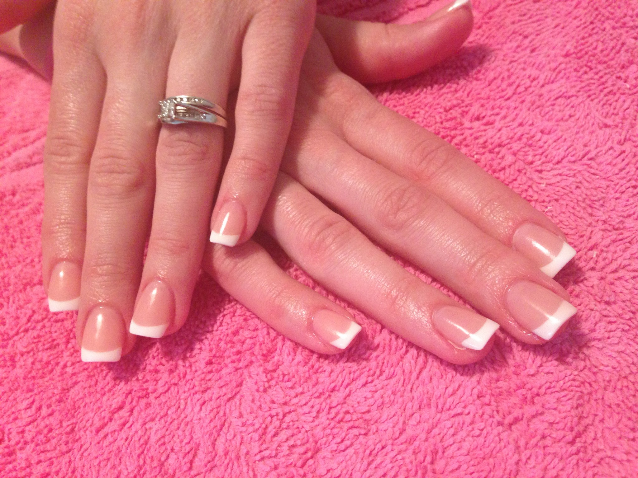 acrylic nails or french photo - 1