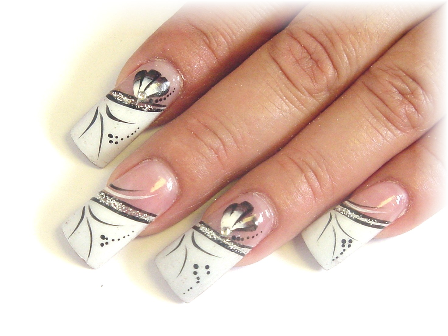 acrylic nails quiz photo - 2