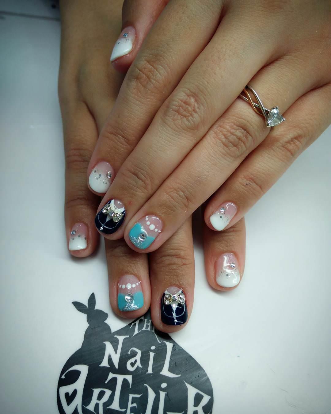 Acrylic nails square - Expression Nails