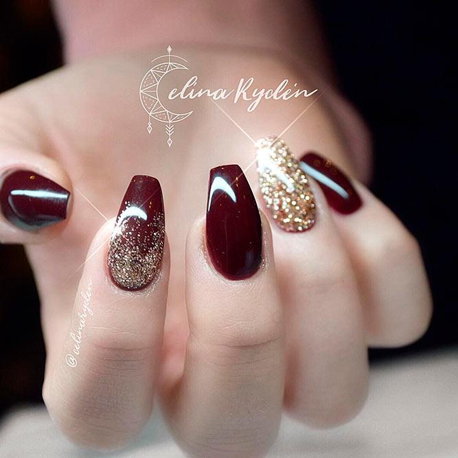 acrylic nails to match a burgundy dress photo - 1