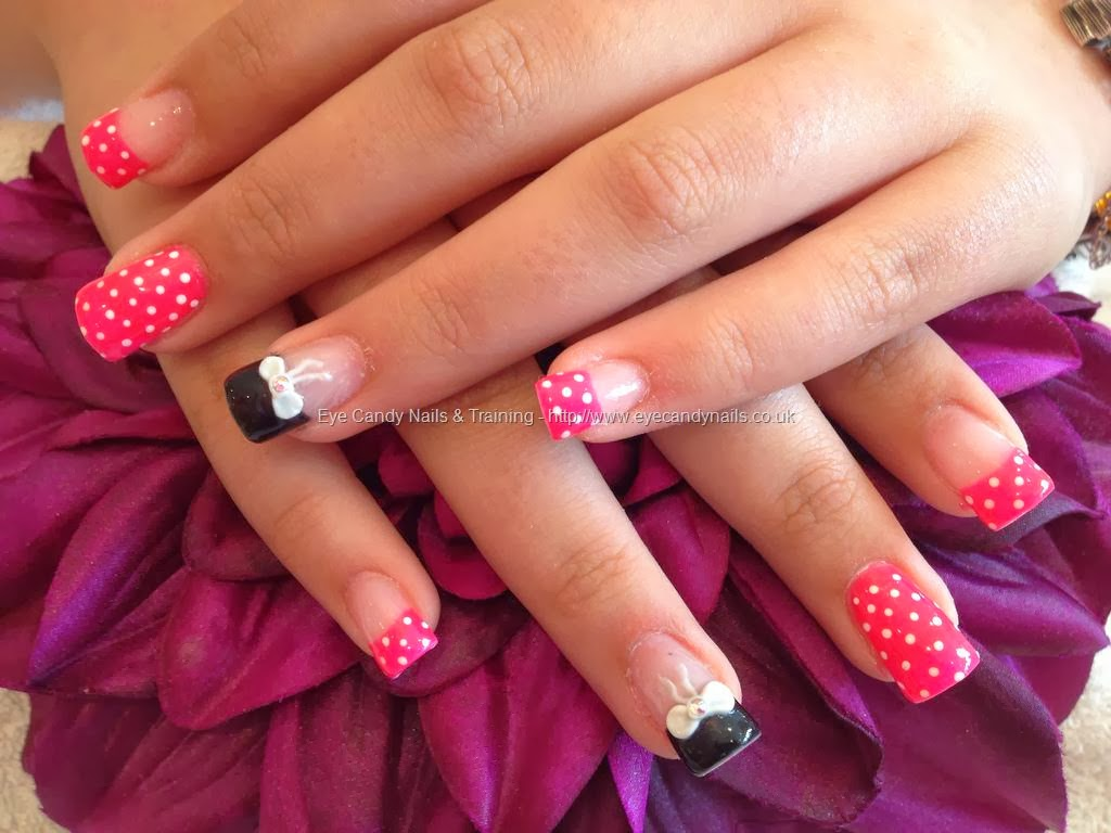 acrylic nails with nail art photo - 2