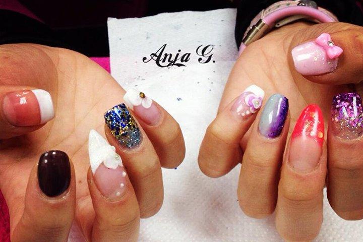 acrylic nails york city centre photo - 1
