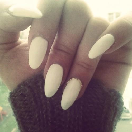 almond acrylic nails photo - 2