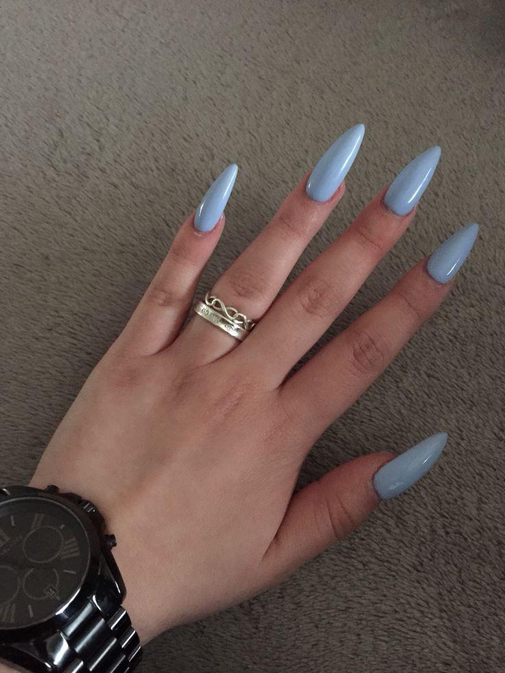 almond and stiletto nails photo - 2