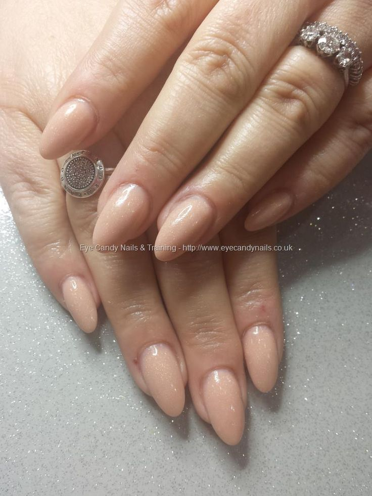 almond shaped gel nails photo - 2