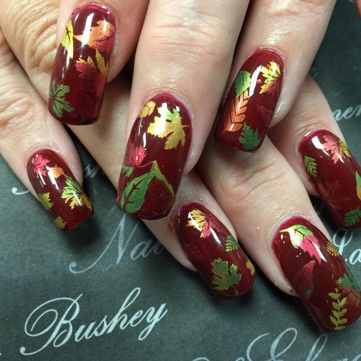 autumn gel nails designs with leaves photo - 1