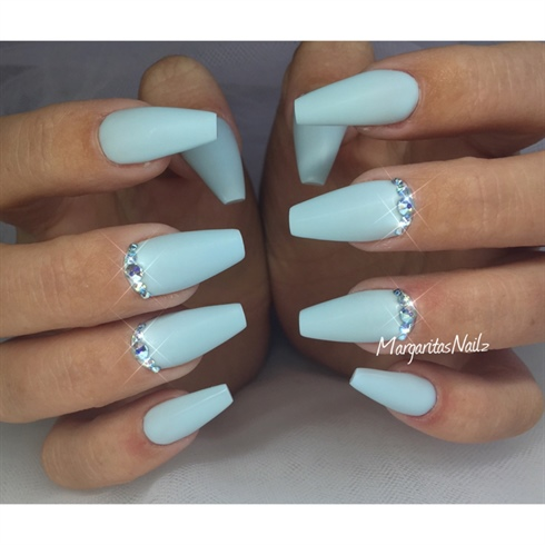 baby blue colored coffin nails photo - 1