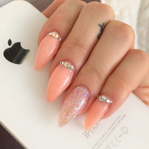 begginers for acrylic nails photo - 2