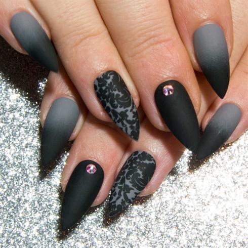 black and grey stiletto nails photo - 1