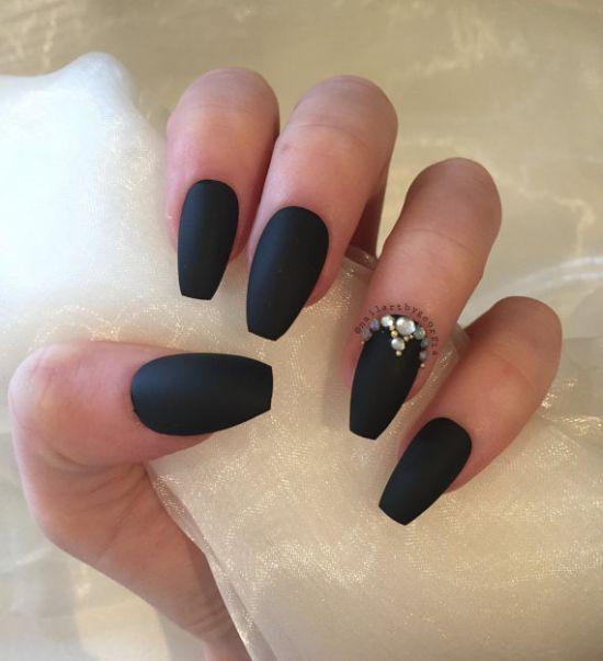 black coffin nails with rhinestones photo - 2