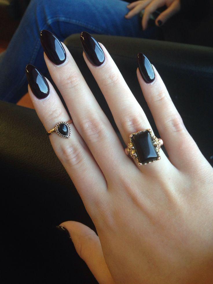 black gel nails photo - 1