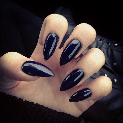 black stiletto nails glossy photo - 1