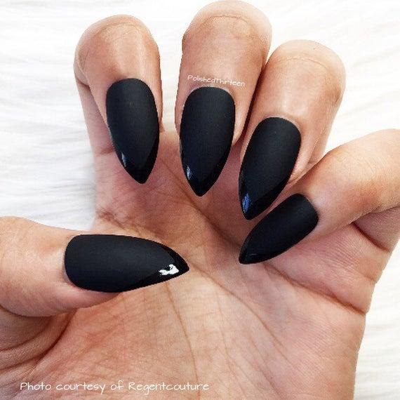 black stiletto nails glossy photo - 2