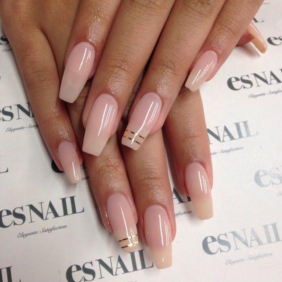 blush white acrylic nails photo - 1