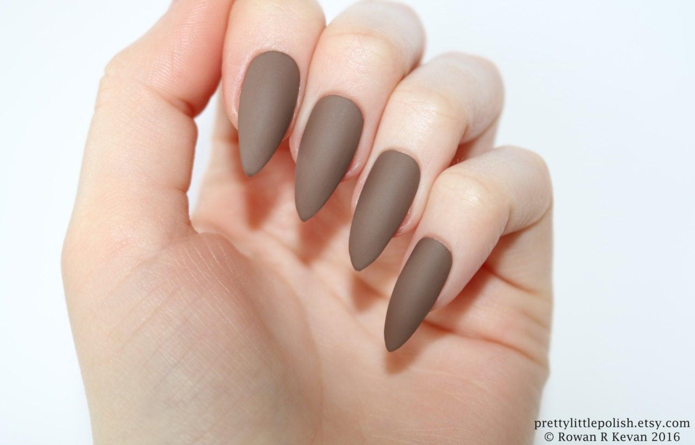 brown stiletto nails photo - 1