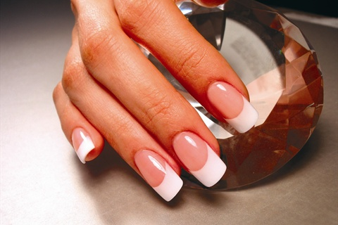 can u get acrylic nails wet photo - 2