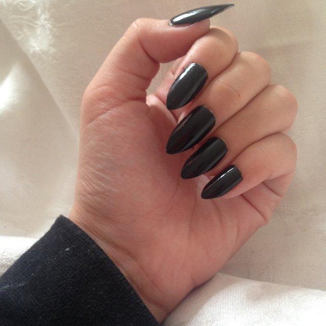cheap stiletto nails photo - 2