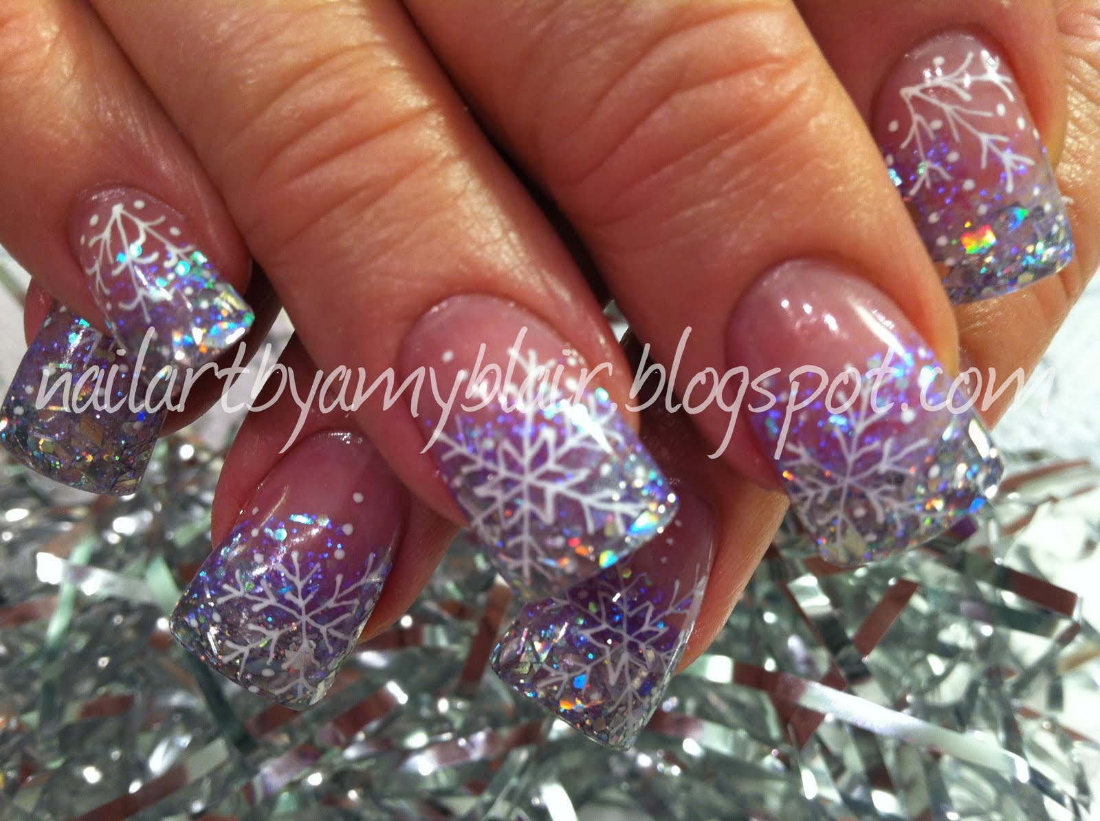 christmas and new years acrylic nails photo - 1