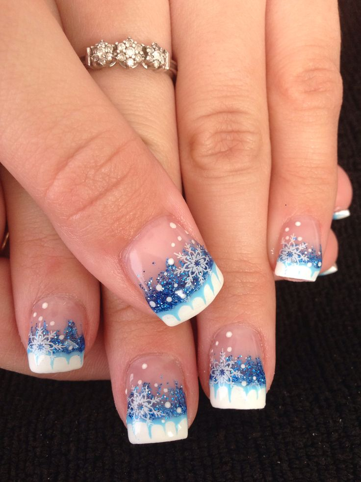 Christmas gel nails - Expression Nails
