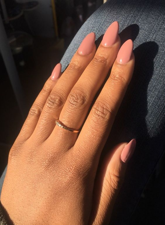 Coffin and almond shaped nails - New Expression Nails