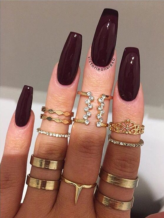 dark pink nails - 736×762