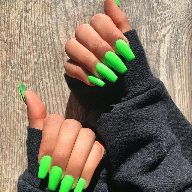 coffin nails long green photo - 1