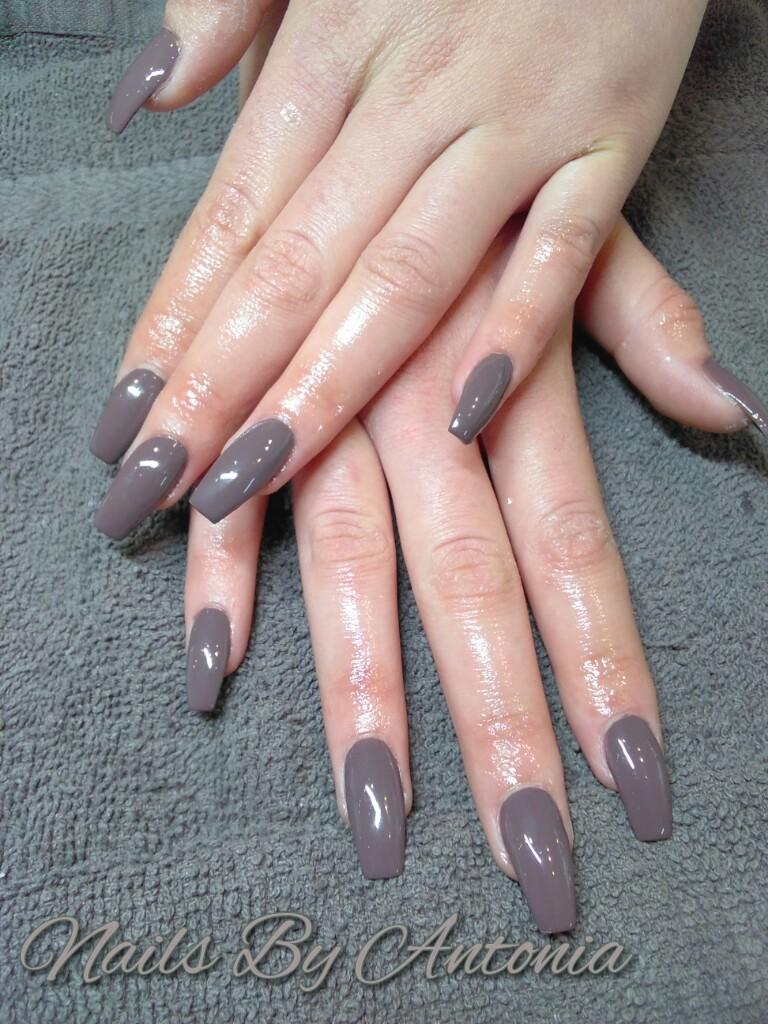 coffin nails mauve photo - 1
