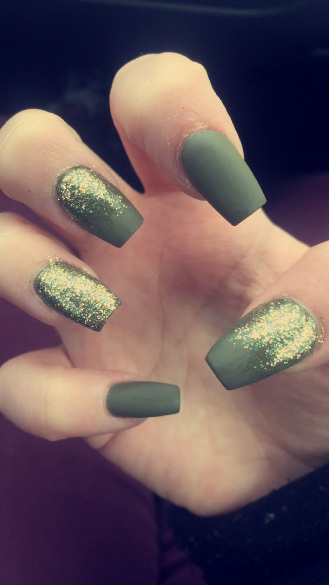 coffin nails military green glittee photo - 1