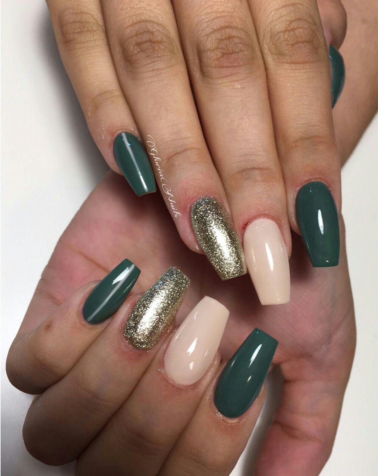 coffin nails military green glittee photo - 2