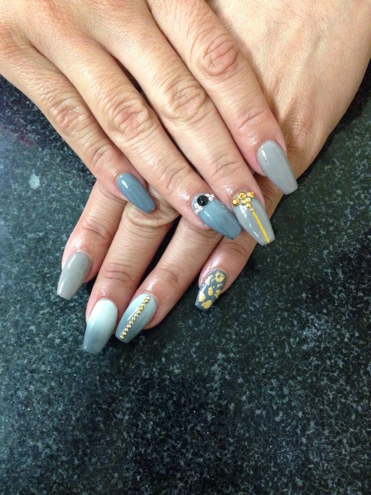coffin nails with mood polish photo - 2