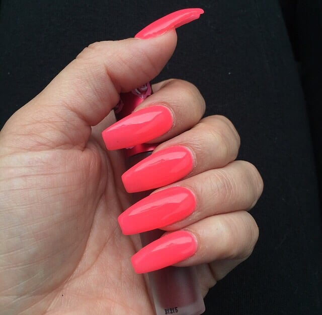 coffin pink acrylic nails photo - 1