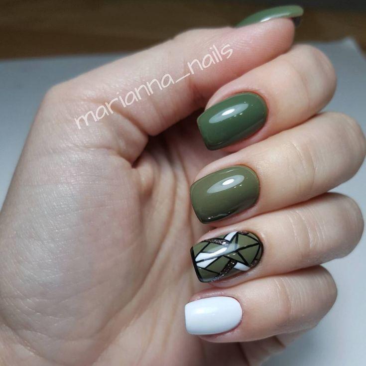 color acrylic nails photo - 1