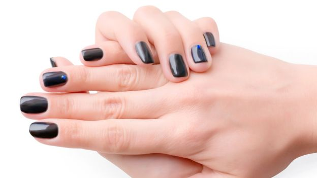 contact dermatitis from acrylic nails photo - 1