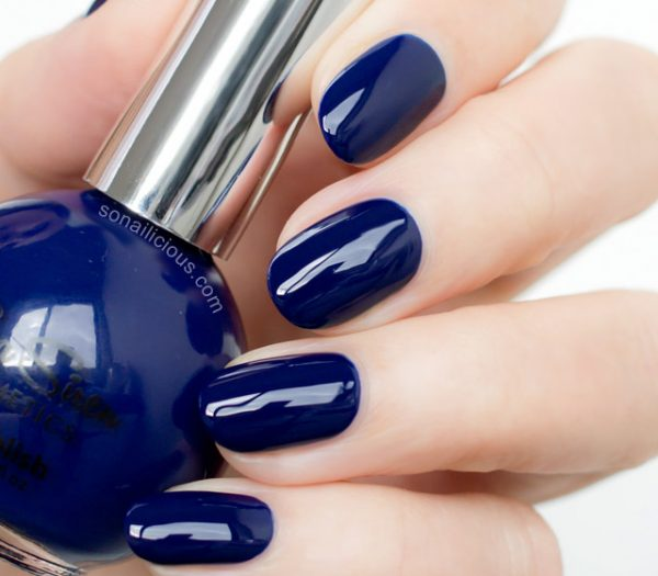 dark blue and red acrylic nails short photo - 1