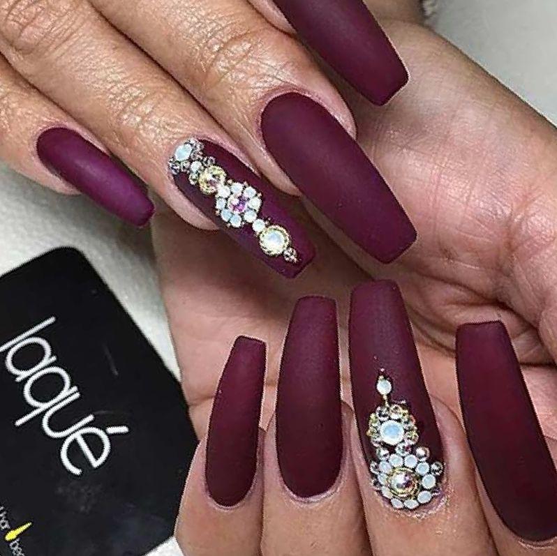 dark burgundy coffin nails photo - 2