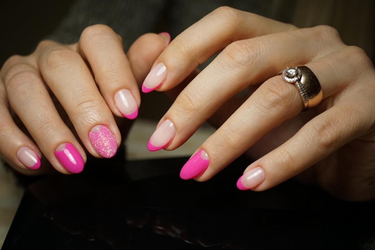 difference between french tips and acrylic nails photo - 2