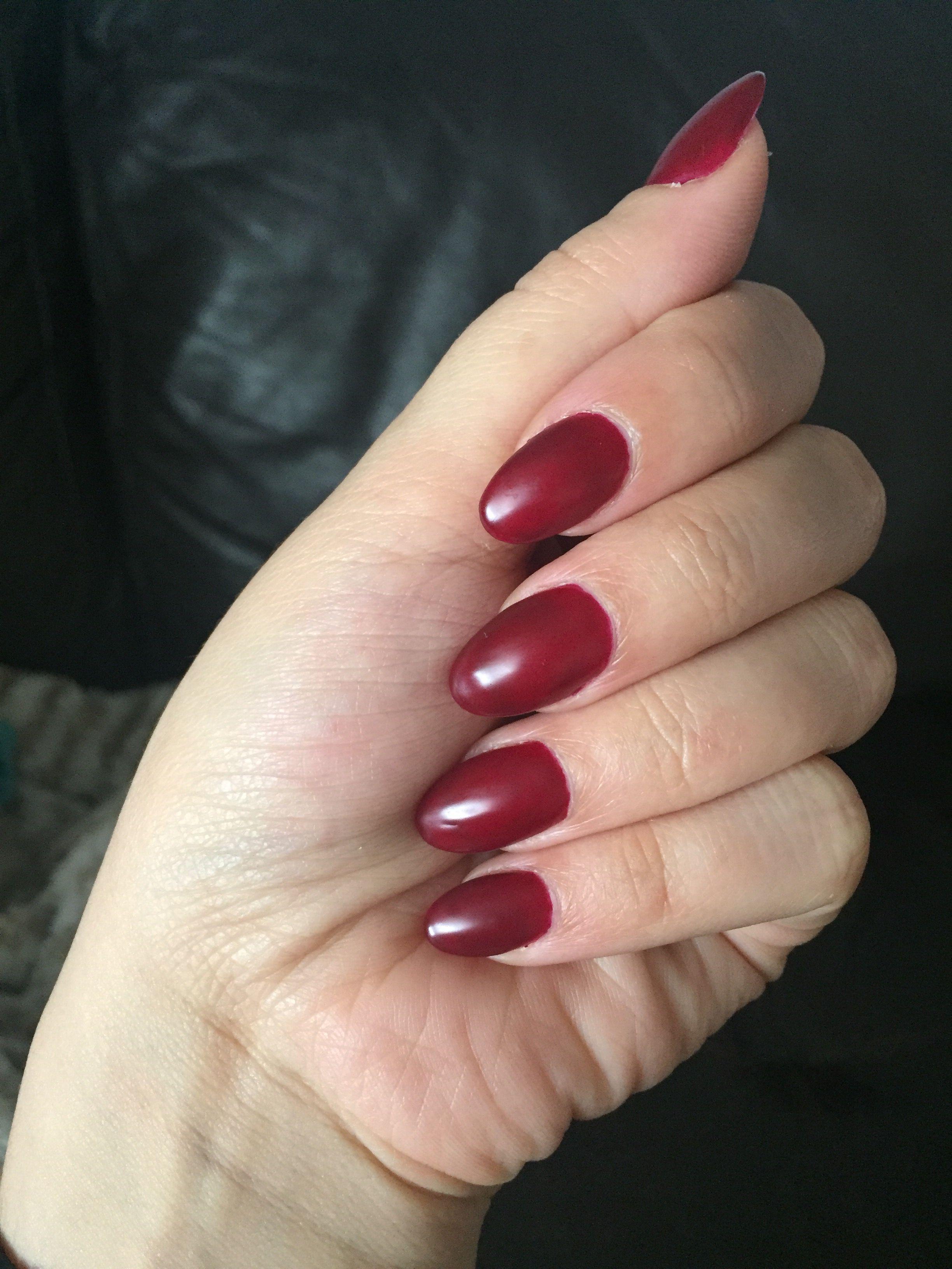 dnd gel nails dark photo - 2
