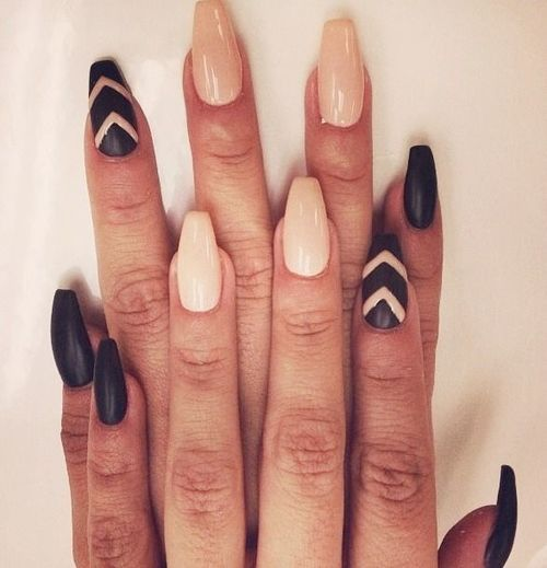 fall coffin shaped nails photo - 1