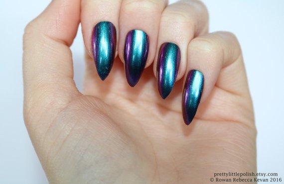 favorite press on acrylic nails photo - 2